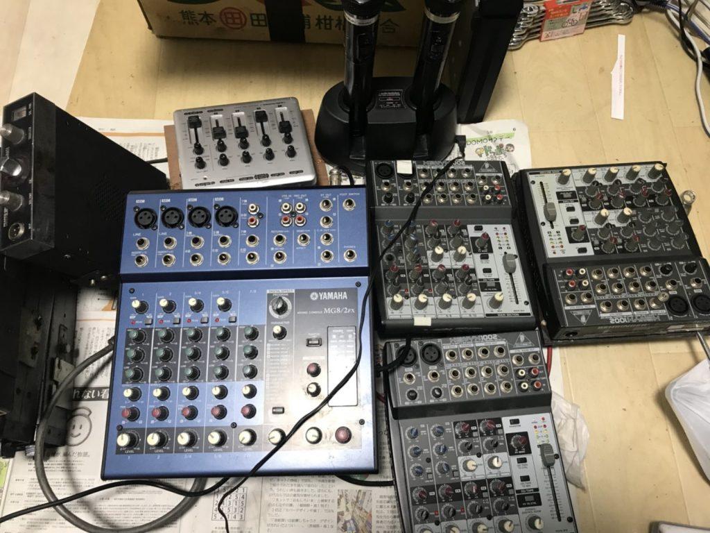 オーディオテクニカ製のワイヤレスマイクや音響機材